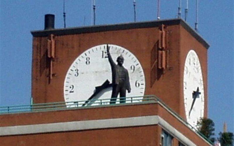 В Нью-Йорке Ленин переехал с «Красной площади»