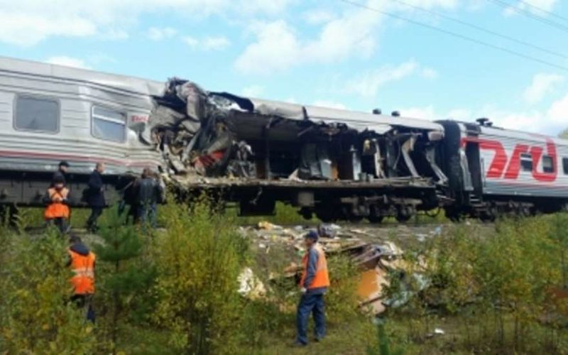ХМАО авария поезда и грузовика: подробности, количество пострадавших растет