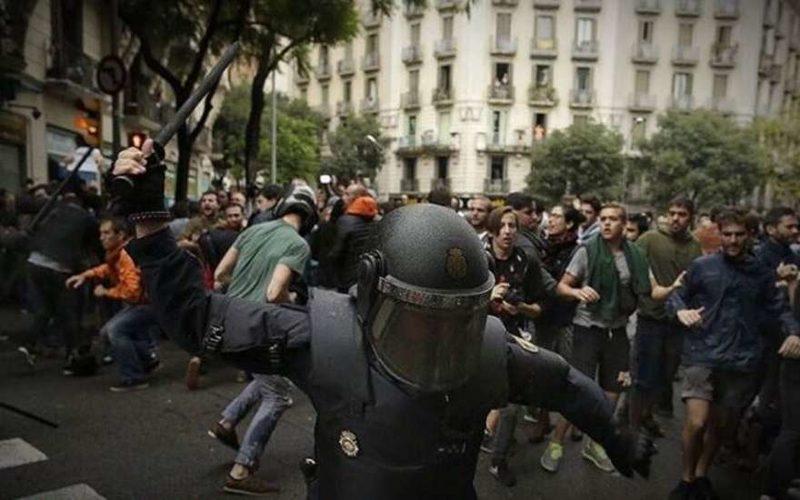 РФ рассчитывает, что Испании удастся побороть кризис сКаталонией— Путин