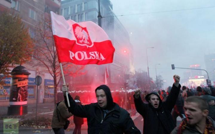 Польский МИД осудил беспорядки у посольства России в Варшаве
