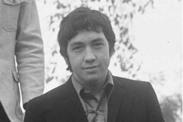 Джордж Янг АС/DС умер: фото, причина смерти, биография музыканта