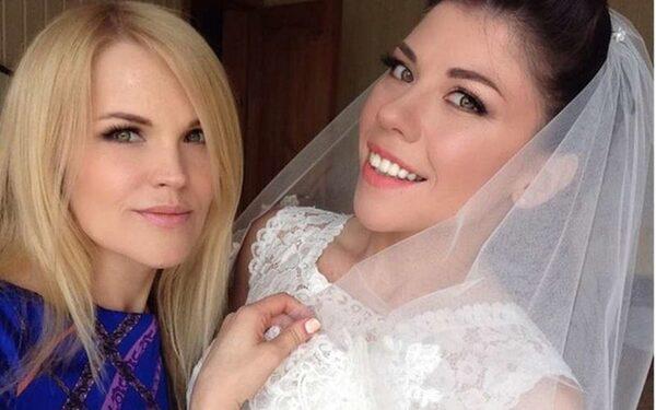 Анна Хохлова вышла замуж