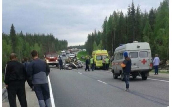 В Карелии в ДТП на трассе «Кола» иномарка вылетела в кювет и загорелась, погиб человек