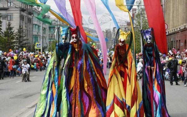 День города и День России в Красноярске 12 июня 2015 года - афиша и программа мероприятий, где смотреть салют