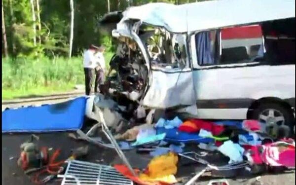 В аварии на трассе Москва – Минск погибли 6 человек и 19 собак