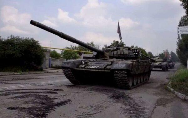 Под Донецком в Марьинке продолжаются атаки ВСУ