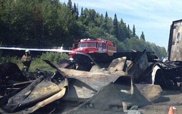 В Красноярском крае в ДТП с автобусом и грузовиком погибли 11 человек