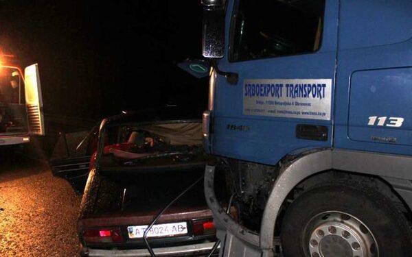 На юге Москвы в ДТП с тремя авто погиб один человек