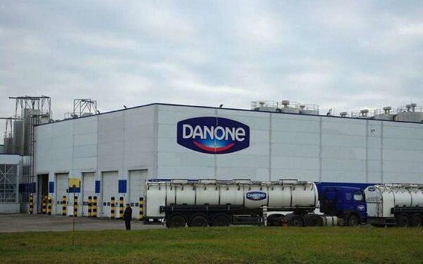 Danone не исключила закрытия заводов в России из-за кризиса