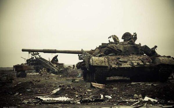 Украинские силовики покинули аэропорт Донецка