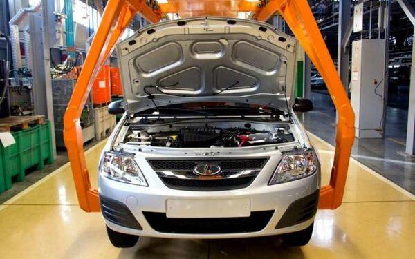 АВТОВАЗ снизил производство в 2014 году на 4,26%