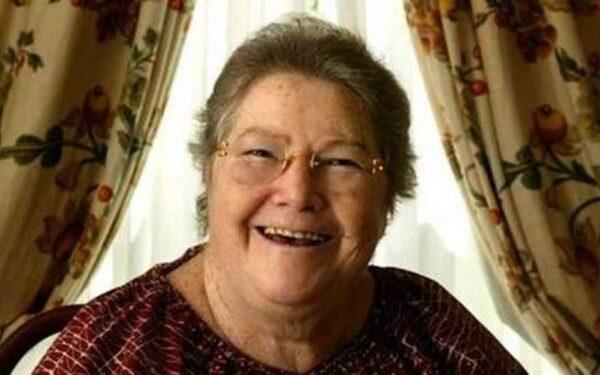 Умерла автор «Поющих в терновнике» Колин Маккалоу