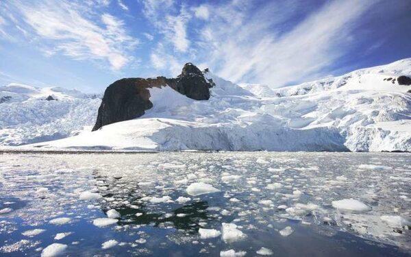 Ученые обнаружили в восточной Антарктиде след упавшего метеорита