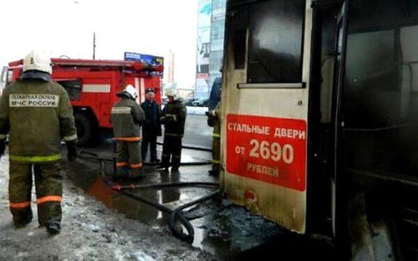 В Смоленской области загорелся рейсовый автобус