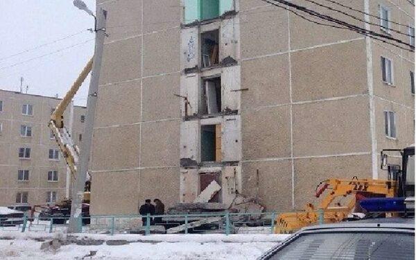Среднеуральск: обрушилось пять балконов в аварийном жилом доме