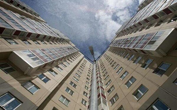 В Хабаровске две девочки насмерть разбились упав с балкона 14 этажа