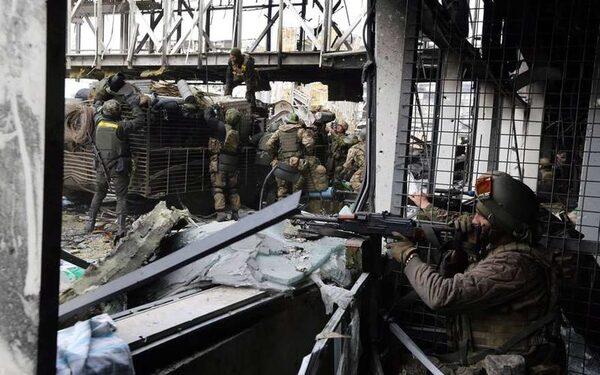 Бирюков: силовики открыли массированный огонь по ополченцам по приказу Порошенко