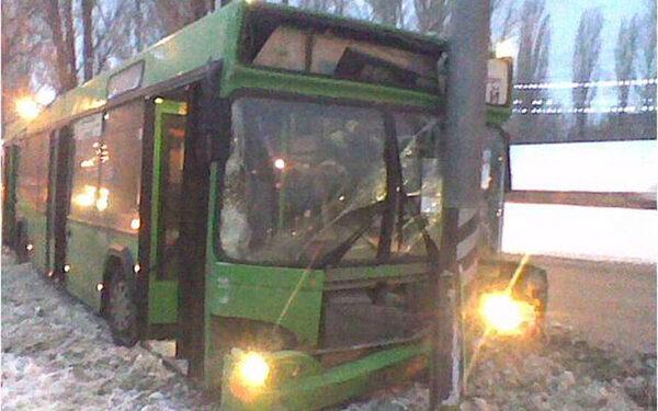 Автобус в ДТП