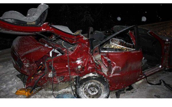 В Петрозаводске произошло ДТП у Силикатного завода, есть погибшие (фото аварии)