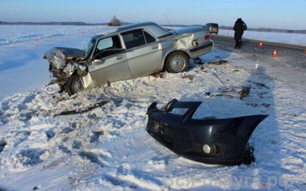 На трассе «Челябинск-Троицк» в ДТП с «Тойотой» и «Волгой» погиб водитель