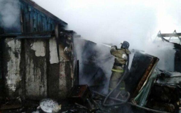 В Ростовской области при пожаре погибли двое