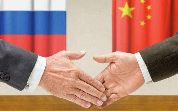 Треугольник Россия-Китай-Индия способен покончить с гегемонией США