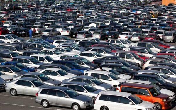 Автомобильный рынок Украины установил новый антирекорд по продажам