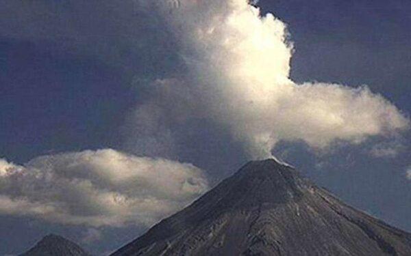 НЛО замечен над вулканом в Мехико