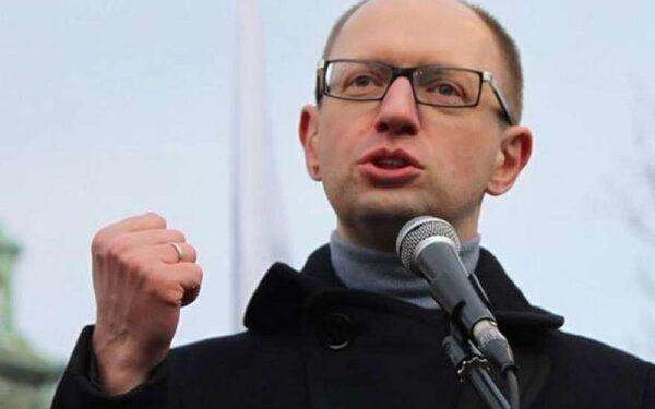 Яценюк рассказал, как украинцы освобождали Освенцим