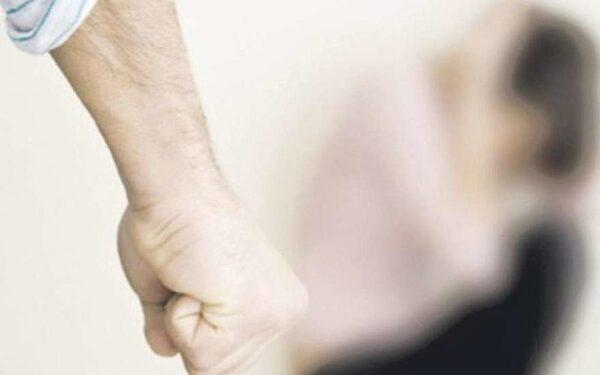 В Ростове мужчина избил и изнасиловал свою дочь