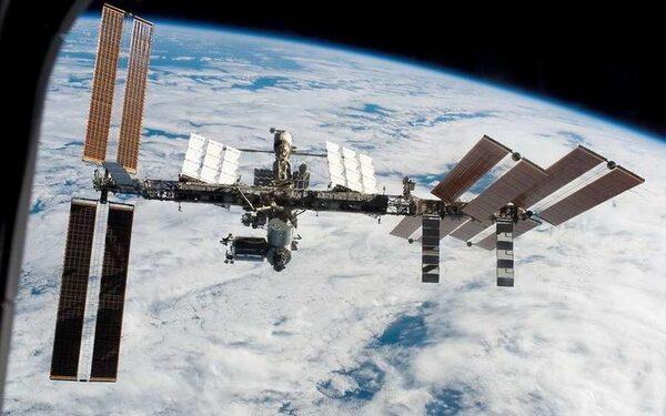 Орбита МКС будет снижена на 1,2 километра