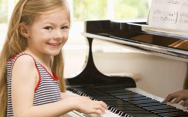 игра на музыкальном инструменте может снизить риск слабоумия