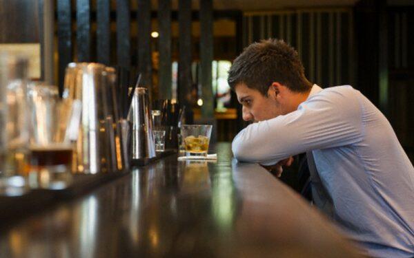 Алкоголь является причиной мужского бесплодия, выяснили ученые