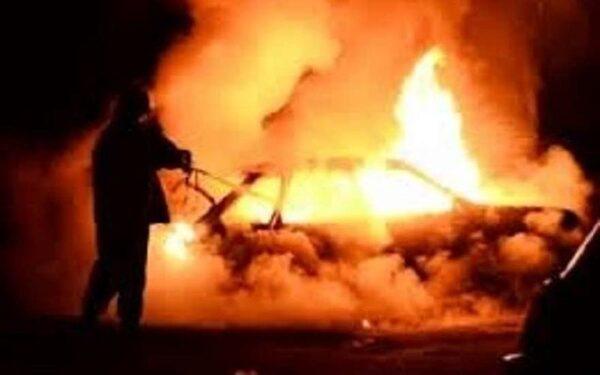 В Ессентуках на кладбище сгорел автомобиль