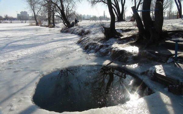 В Новгородской области ребенок погиб, провалившись в полынью