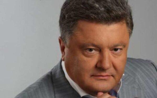 Порошенко потребовал от Путина освободить летчицу Савченко