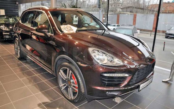 В Питере угнали Porsche Cayenne