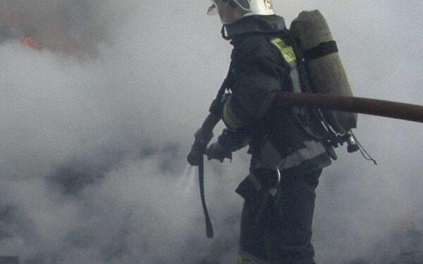 В центре Краснодара потушили горящий бутик