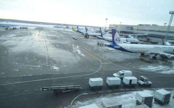 В Сыктывкаре самолёт поехал дальше