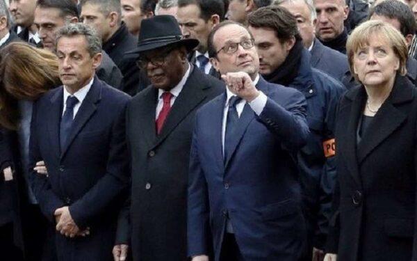 Шествие политиков на марше единства в Париже – постановка