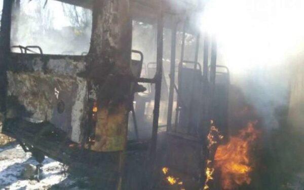 В Киевском районе Донецка при взрыве снаряда на остановке погиб один человек, шестеро пострадали
