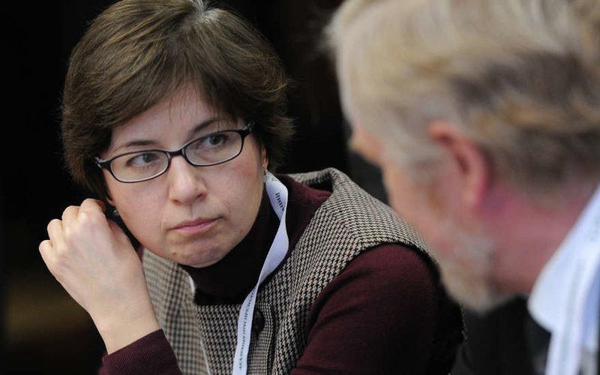 Юдаева: рубль стабилизируется ко второму кварталу 2015 года, удержать рубль поможет инфляция