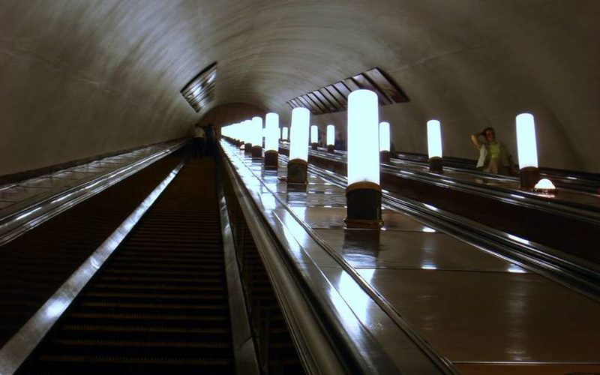 В Петербурге эскалатор метро увёз мужину на тот свет, подробности