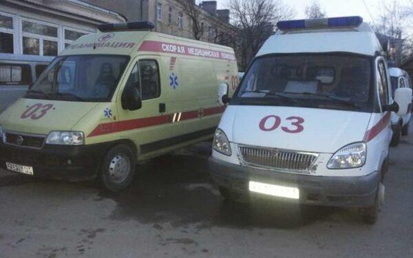 В Тверской области в ДТП с грузовиком погибли три человека
