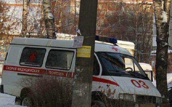 В Нижнем Новгороде под упавшей с крыши глыбой снега погибла женщина