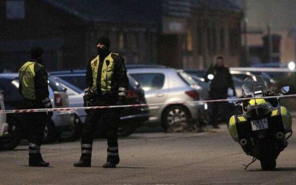 Центр датской столицы патрулируют полицейские из-за совершенного 14 февраля теракта